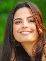 Emanuelle Araújo