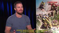 As Tartarugas Ninja - Fora das Sombras Entrevista (2) Legendada - Stephen Amell