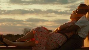 David Oyelowo e Rosamund Pike se apaixonam e enfrentam preconceitos no trailer de A United Kingdom