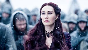 Game of Thrones: Fãs descobrem que Melisandre estará de volta na temporada final