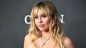 Miley Cyrus explica história bizarra por trás de sua demissão em Hotel Transilvânia