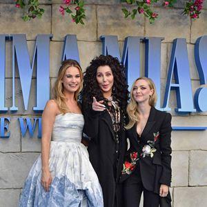 Mamma Mia! Lá Vamos Nós de Novo : Vignette (magazine) Amanda Seyfried, Cher, Lily James