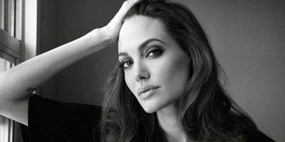Angelina Jolie escalada para o novo filme do diretor de Aqui É o Meu Lugar