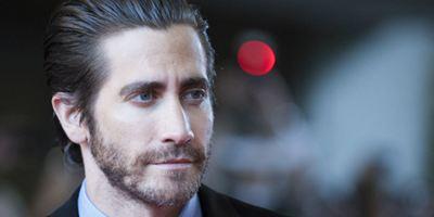 Jake Gyllenhaal fala sobre não ter sido Batman nem Homem-Aranha