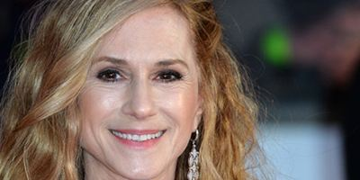 Holly Hunter vai protagonizar nova série de Alan Ball