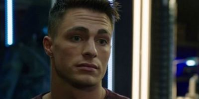 Arrow: Colton Haynes volta para o elenco regular da sétima temporada