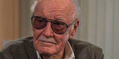 Stan Lee nega categoricamente ter sido vítima de golpes financeiros e maus tratos contra idosos