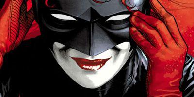 Batwoman vai aparecer no próximo crossover do Arrowverse