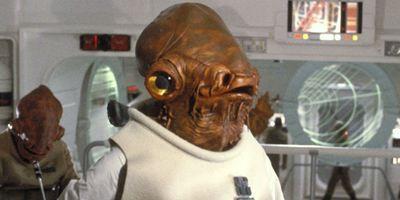 Star Wars: HQ revela despedida de Almirante Ackbar que Os Últimos Jedi não mostrou