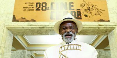 """No Cine Ceará 2018, Antônio Pitanga celebra o cinema brasileiro: """"As Boas Maneiras dá um banho em A Forma da Água"""""""