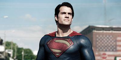 Superman: Henry Cavill posta vídeo enigmático sobre sua possível saída da DC