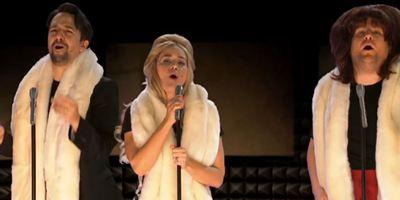 Emily Blunt e Lin-Manuel Miranda recriam 22 musicais em 12 minutos