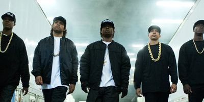 Filmes na TV: Hoje tem Straight Outta Compton - A História do N.W.A. e Carandiru