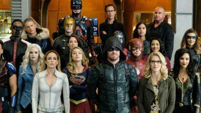Crise nas Infinitas Terras: Especulações para o próximo crossover de Arrow, The Flash e Supergirl