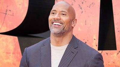 Dwayne Johnson anuncia início das filmagens de Jumanji 3 com imagem inédita