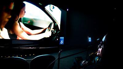 Acessibilidade para deficientes visuais e auditivos está no caminho de se tornar completa nos cinemas brasileiros