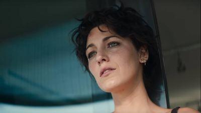 The Rhythm Section: Blake Lively cai na porrada no primeiro trailer do filme