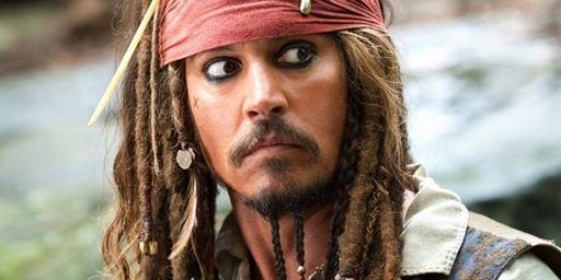 Piratas do Caribe 5 ganha data de estreia