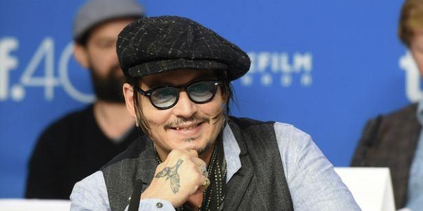 Festival de Toronto 2015: Johnny Depp faz sua melhor performance em anos com Aliança do Crime