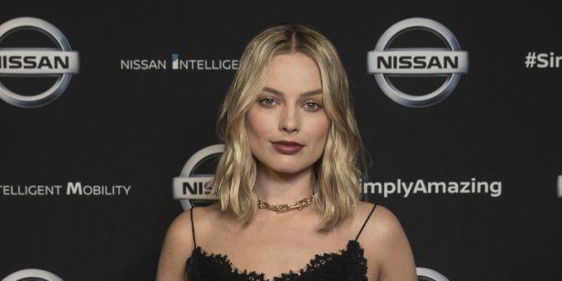Margot Robbie revela que se sentiu insegura com o próprio corpo durante as filmagens de O Lobo de Wall Street