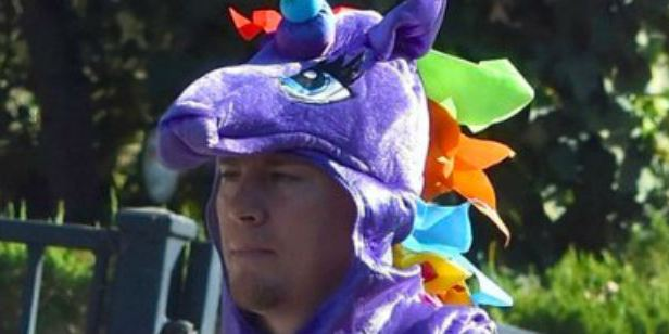 Channing Tatum se veste de unicórnio para a festa de Halloween da filha (e o resultado é hilário)