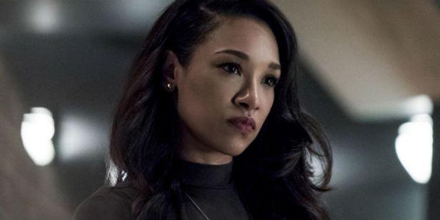 The Flash: Fotos dos gravações mostram Iris West com uniforme de super-heroína