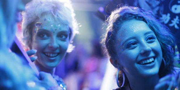 Luna: Veja o pôster do drama dirigido por Cris Azzi (Exclusivo)