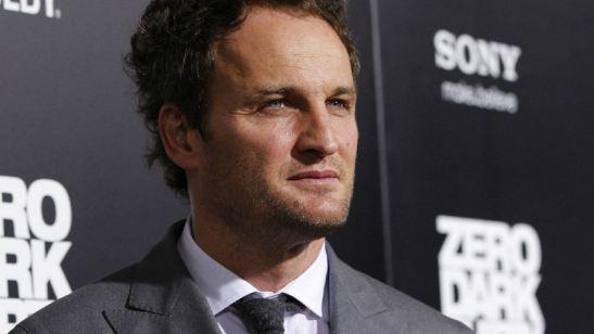 Jason Clarke pode atuar no novo filme de Damien Chazelle