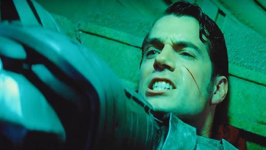 Deadpool tira sarro de cena de Batman Vs Superman em HQ da Marvel