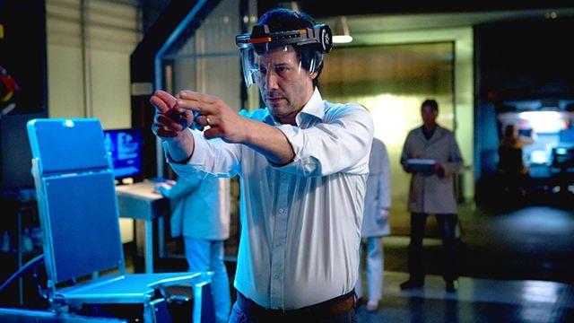 Cópias - De Volta à Vida: Ficção científica estrelada por Keanu Reeves ganha cartaz e trailer legendado (Exclusivo)