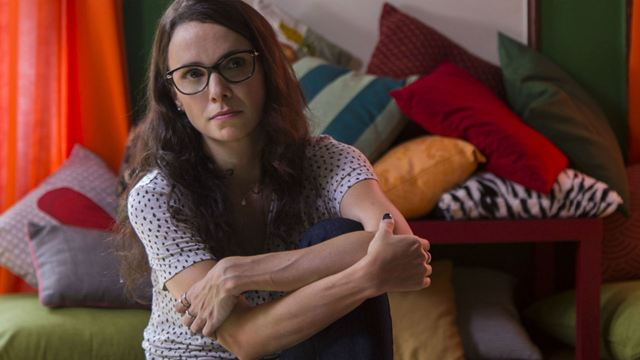 Depois a Louca Sou Eu: Débora Falabella aprende a rir de mesma na comédia de Julia Rezende (Visita a Set)