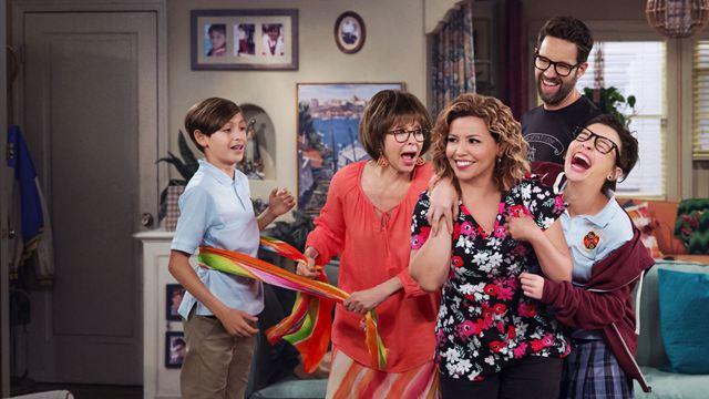 One Day At a Time: Elenco reage ao retorno da série