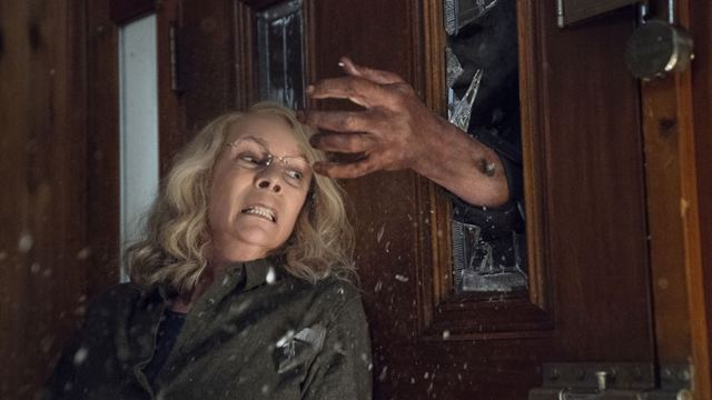 Halloween Kills: Terror com Jamie Lee Curtis tem seu lançamento adiado