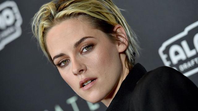 Kristen Stewart se transforma na Princesa Diana em imagem do filme do criador de Peaky Blinders