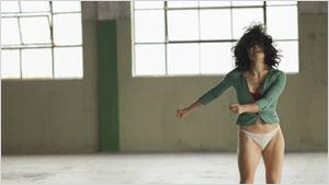 """Festival de Berlim 2017: O brasileiro Pendular é um filme sobre """"duas pessoas que se amam, mas não se conhecem"""", diz a diretora Júlia Murat"""