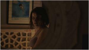 Trailer de 13 Reasons Why tenta descobrir os motivos por trás do suicídio de uma adolescente