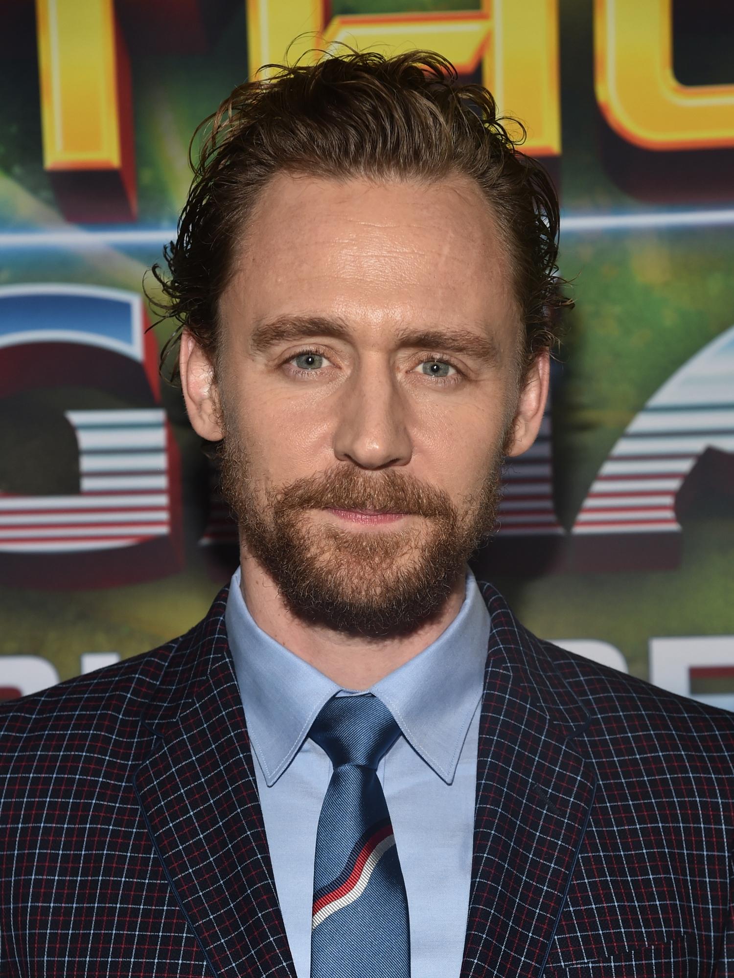 Tom hiddleston esposa