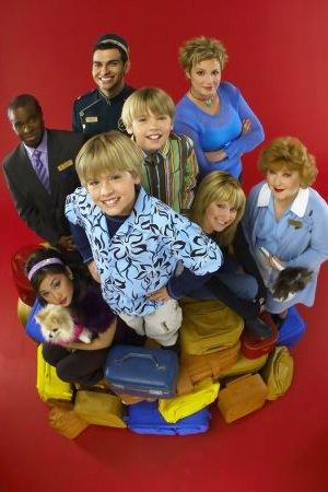 Zack & Cody: Gêmeos em Ação : Foto Ashley Tisdale, Brenda Song, Cole Sprouse, Dylan Sprouse, Kim Rhodes