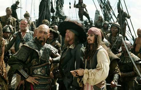 Piratas do Caribe - No Fim do Mundo: Johnny Depp,  Chow Yun-Fat, Geoffrey Rush