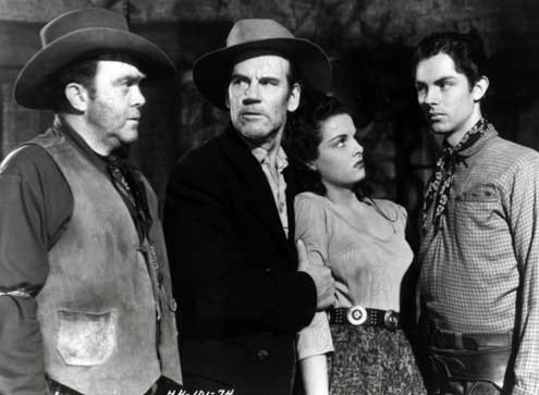 Foto Howard Hughes, Jack Buetel, Jane Russell, Thomas Mitchell, Walter Huston