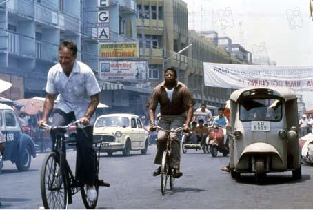 Bom Dia, Vietnã : Foto Forest Whitaker, Robin Williams