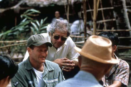 Bom Dia, Vietnã : Foto Barry Levinson, Robin Williams