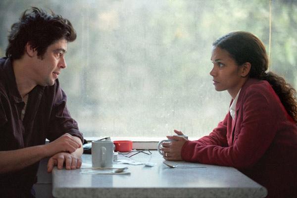 Coisas que Perdemos pelo Caminho : Foto Benicio Del Toro, Halle Berry