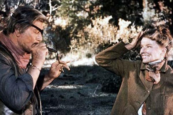 Justiceiro Implacável : Foto John Wayne, Katharine Hepburn, Stuart Millar