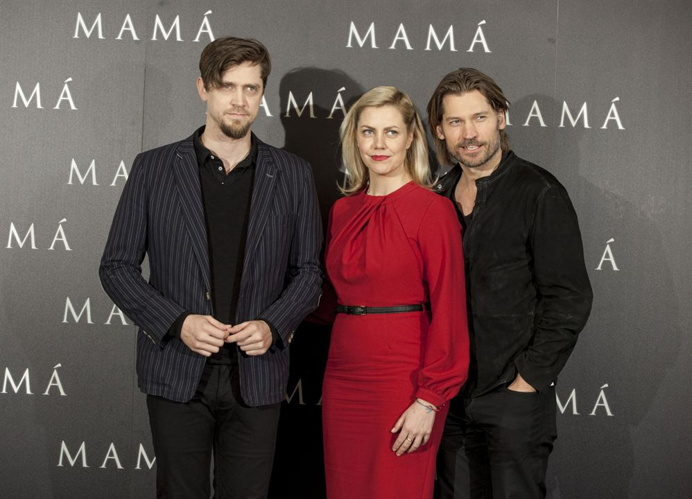 Mama : Vignette (magazine) Andy Muschietti, Nikolaj Coster-Waldau