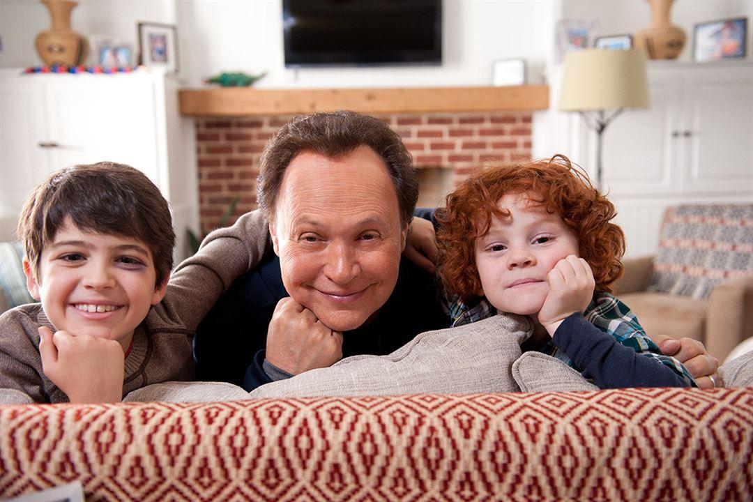 Uma Família em Apuros : Foto Billy Crystal, Joshua Rush, Kyle Harrison Breitkopf