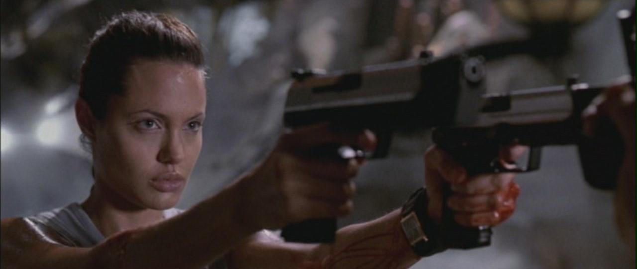 4 indicações: Angelina Jolie