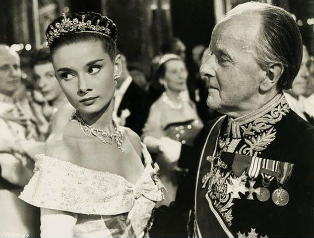 A Princesa e o Plebeu: Harcourt Williams, Audrey Hepburn