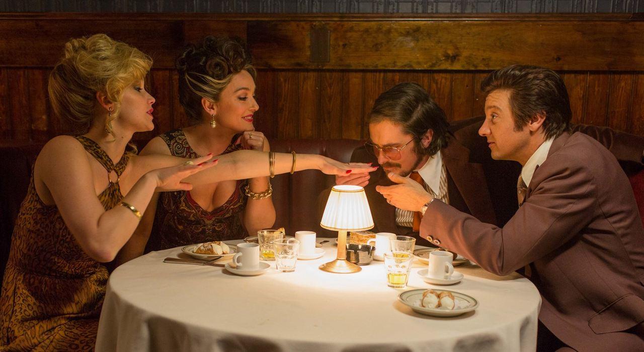 Trapaça : Foto Christian Bale, Jennifer Lawrence, Jeremy Renner