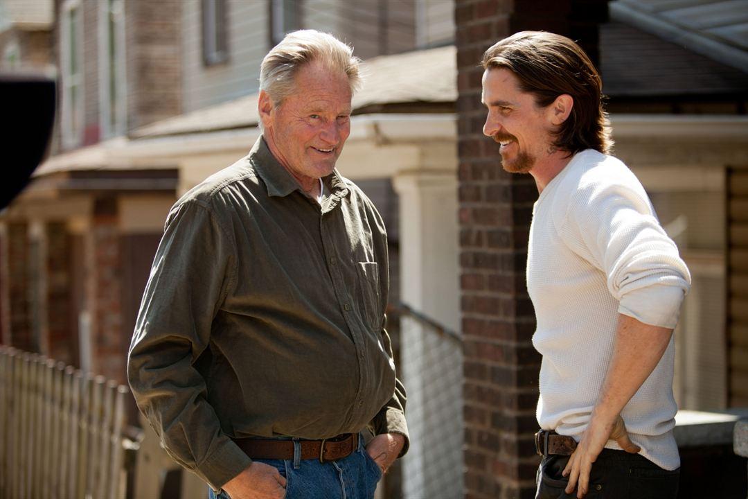 Tudo por Justiça : Foto Christian Bale, Sam Shepard